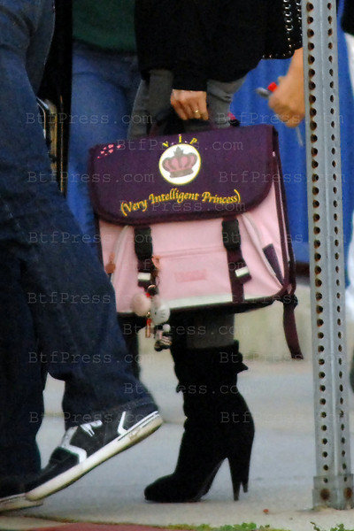"Laeticia Hallyday at Jade's school with Jade V.I.P  bag ""Very Intelligent Princess""."