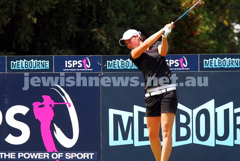 22-2-15. LPGA Handa Australian Women's Golf Open, Royal Melbourne Golf Club. Round 4. Tee shot on the 18th, final hole for the tournament. Laetitia Beck. Photo: Peter Haskin