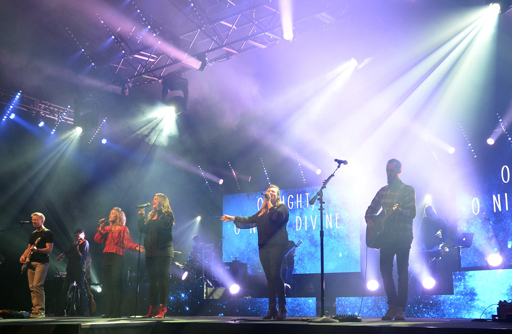 . LAFAYETTE, CO - December 22, 2018: Tommy Stuardt, left, Joy Harrington, Whitney Ohman-Costa,  DeaAnna Beaty and Luke Burgett, sing during rehearsal for the afternoon sermon.  Lafayette\'s Flatirons Community Church is expanding with a new campus in the Brighton area, in 2019. For more photos, go to dailycamera.com.  (Photo by Cliff Grassmick/Staff Photographer)