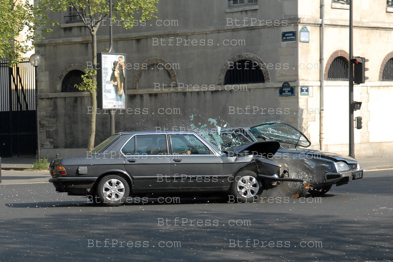 Exclusive---- Telefilm history on the Affaire Gordji during the cohabitation President Mitterrant and M. Chirac making every effort to resolve terrorist attack from 1980 to 1986.