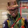 Vendedor sobre la carretera principal de Nairobi a Etiopia