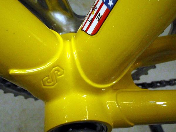 More nice lug work at the bottom bracket shell.