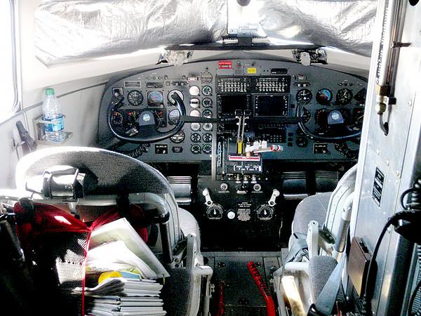 DC 3 cockpit
