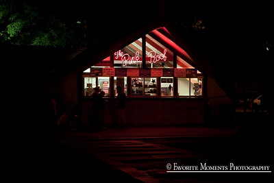 The Pink Roof Ice Cream Shop.... Lake George, NY