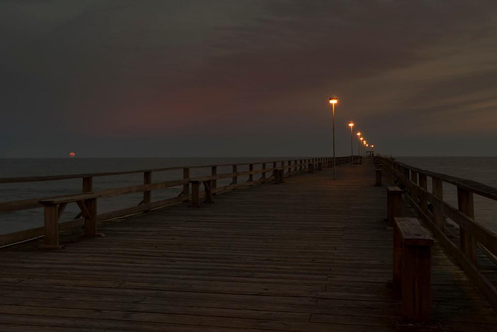 Kurri Beach Full Moon