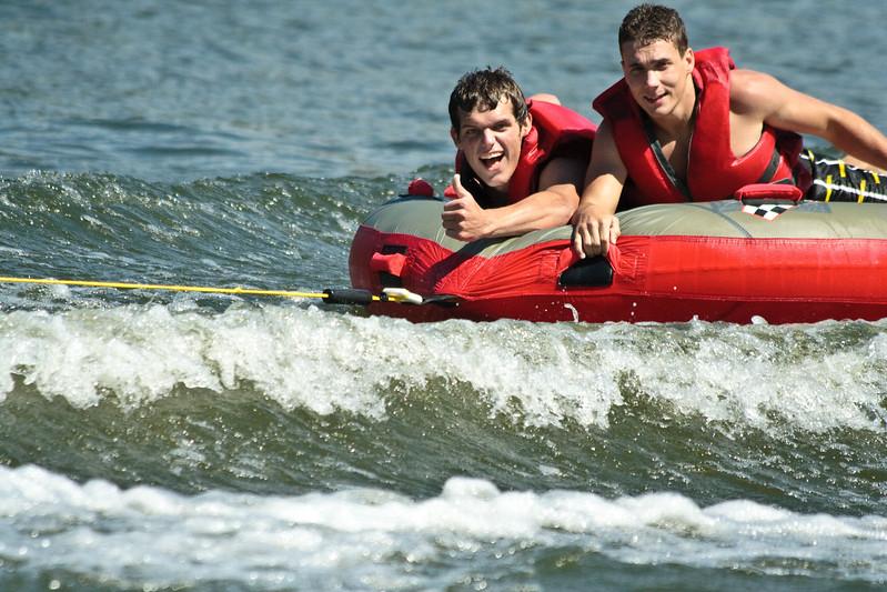 2010-07-10 Farrell Clan having fun at the Lake