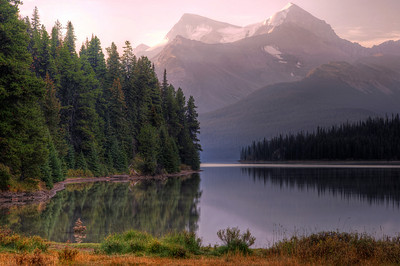 Maligne Lake, Jasper National Park, Ca
