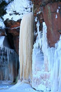 Statuary Water Fall