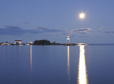 Moonrise Over Grand Marais 3_PSundberg