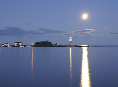 Moonrise Over Grand Marais 3_PSundberg