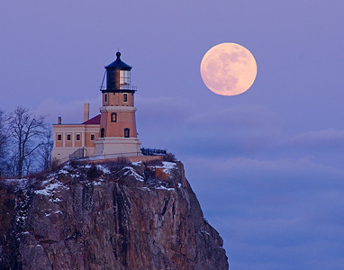 Split Rock Moonrise 1_PSundberg