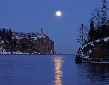 Split Rock Moonrise 6_PaulS
