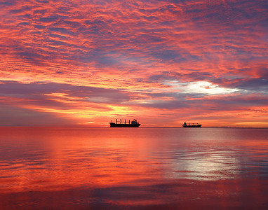 Duluth Harbor Sunrise 4_PSundberg