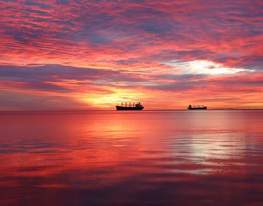 Duluth Harbor Sunrise 5_PSundberg