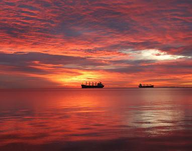 Duluth Harbor Sunrise 3_PSundberg
