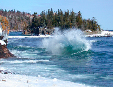 LakeSuperior Waves_PaulS