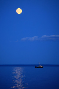 "SUPERIOR BOATS 4435  ""August moon over the research boat ""Blue Heron"" near Five Mile Rock - Grand Marais, MN"""