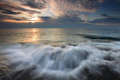 """SUPERIOR FALL 7760  """"Turbulent Sunrise"""""""