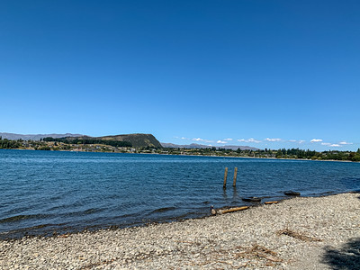lake Wanaka with backdrop of ka tiritiri o te Moana, , Wanaka Otago South Island New Zealand