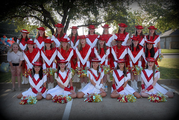 2012: Highlandettes Perform at the 4th of July Parade