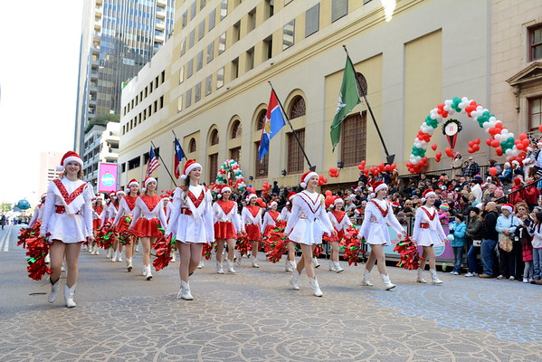 2015: Dettes Perform in Dallas Children's Parade - Dec. 5