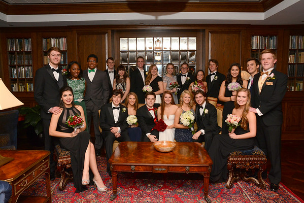 2016: Senior Dettes and Dates - Pre-Winter Formal Group Photos