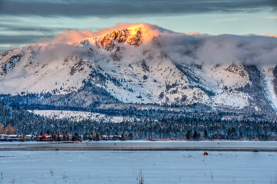 mountain-sunrise-glow