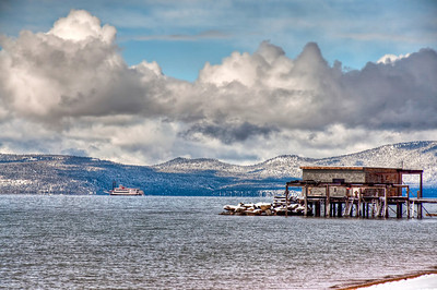 ferry-crossing-lake