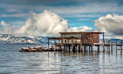 lake-cabin