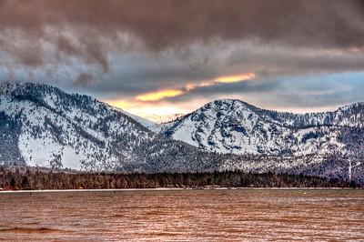 lake-mountain-sunset