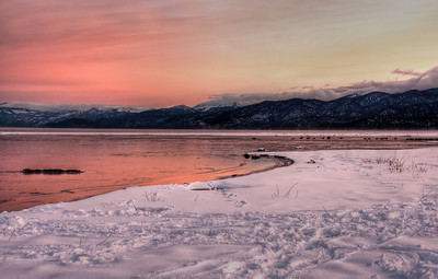 snow-lake-sunrise-glow