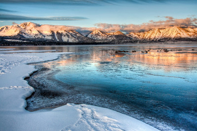 icy-lake-sunrise-glow