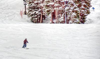 downhill-skier-10