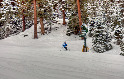 downhill-skier-2