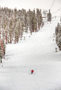 downhill-skier-5