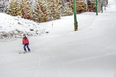 downhill-skier-7