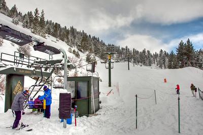 skiers-lift