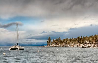 winter-lake-boat