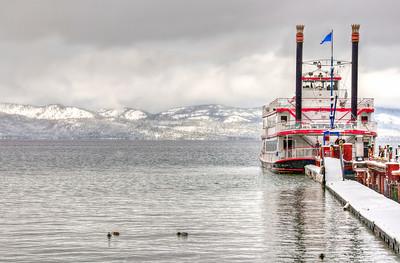 winter-lake-ferry-2