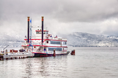 winter-lake-ferry-5