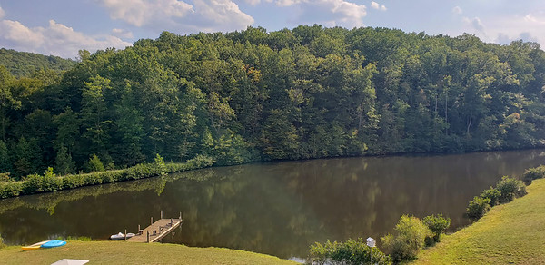 3 Acre Stocked Lake