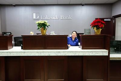LakesideBank0015