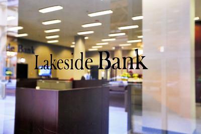 LakesideBank0024