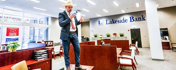 LakesideBank0001
