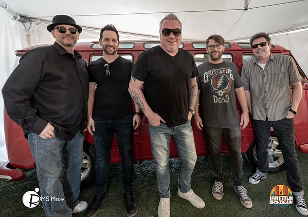 Smash Mouth  Laketown Shakedown | Lake Cowichan BC
