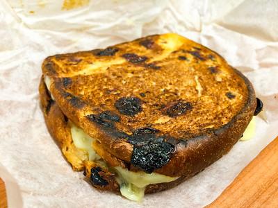 Brioche raisin toast with lamb and cheese