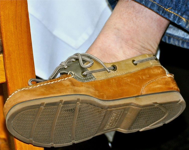 Mr. Mariner, Steve Ware, put his own best foot forward, clad with tri-color suede Sperry topsiders. Are bare ankles allowed?