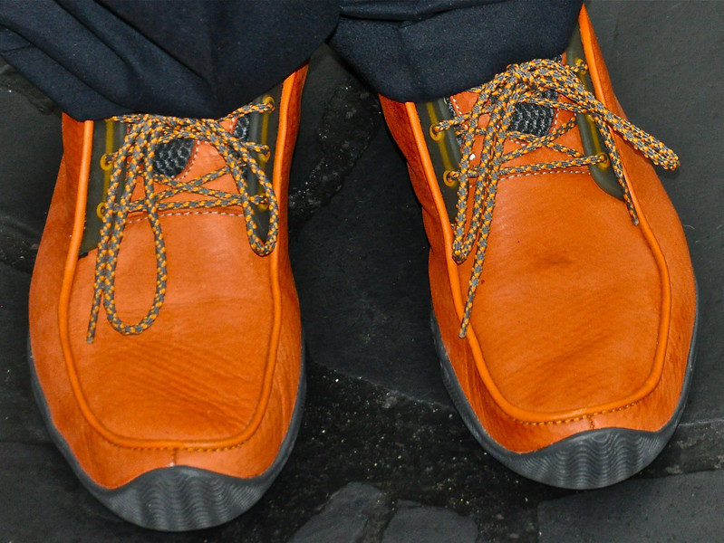 Buddy Burke, meanwhile, wore a far more conservative(?) pair of persimmon-colored leather lace-ups he said came from Santa's workshop.