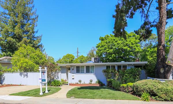 37 Roosevelt Cir, Palo Alto