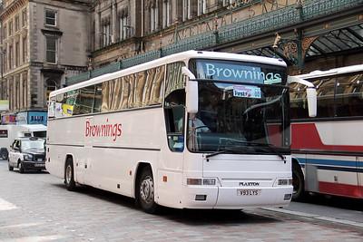 Brownings Whitburn V93LYS Bothwell St Glas Jul 11